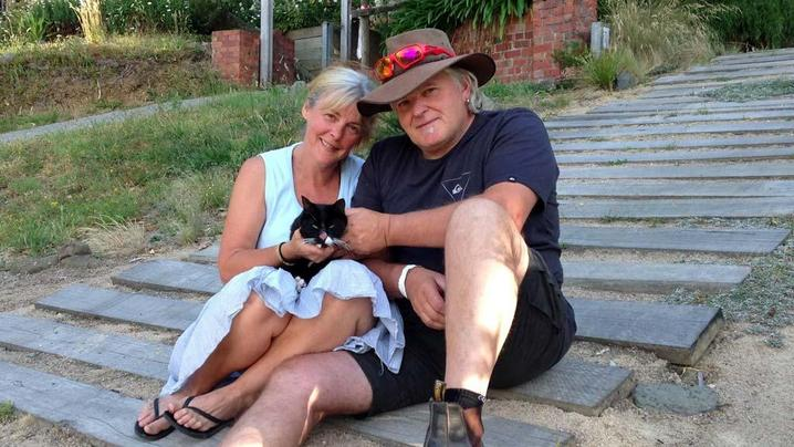 Muppet - missing cat in bushfire returned home 24 days later - Victoria - Christmas